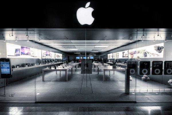 В Цюрихе из-за одного неисправного iPhone эвакуировали целый магазин Apple