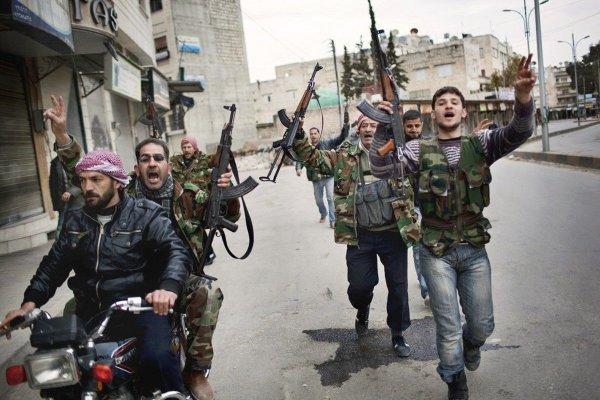 Минобороны РФ показало видео уничтожения террористов в Сирии