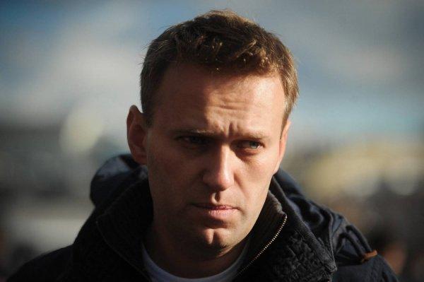Алексея Навального задержали в центре Москвы во время протестной акции