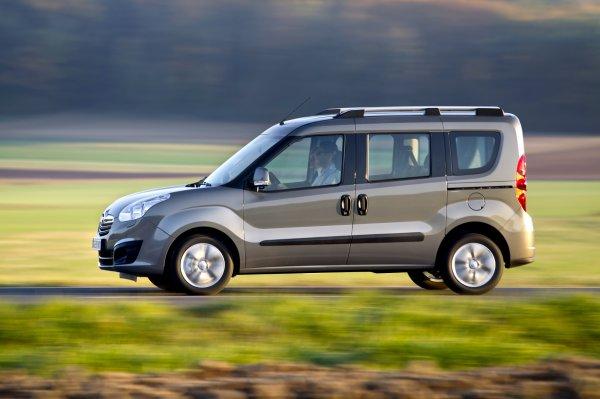 Показаны первые фото новых Peugeot Partner, Citroen Berlingo и Opel Combo