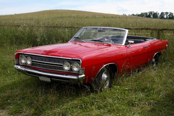 Mercury сделала из Ford Fairlane 1957 года электромобиль