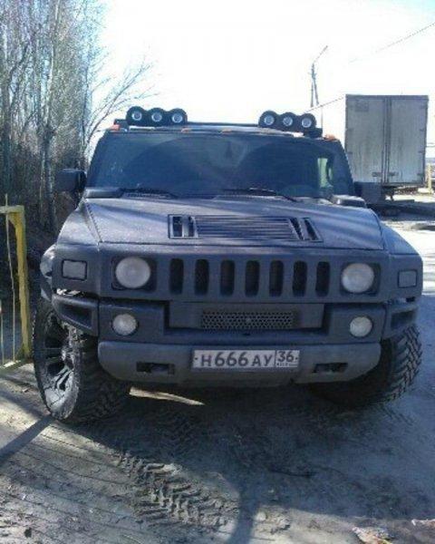 В Воронеже пожаловались на Hummer с «дьявольским» номером