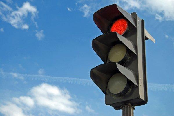 В Воронеже «умный» светофор отомстил водителям за шутки
