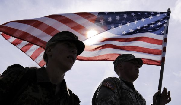 Белый дом может при необходимости вернуть военных США из Сирии