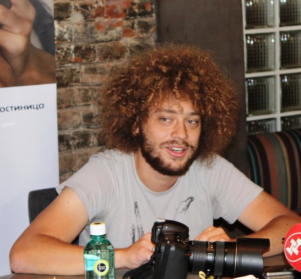 Вместо Явлинского баллотироваться в мэры Москвы будет блогер Варламов