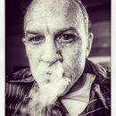 В Сети появились новые фото Тома Харди в образе умирающего Аль Капоне