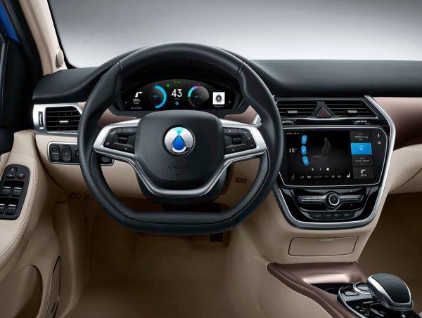 Электрокары Mercedes-Benz получат китайские аккумуляторы