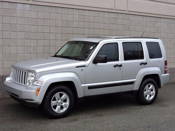 FCA отзывает 300 000 внедорожников Jeep Liberty