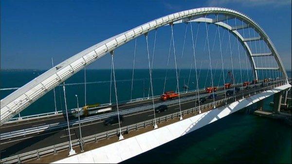 Неужели это правда? Украинцы не могут поверить, что Крымский мост действительно достроен