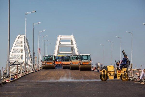 Крымский мост по-украински: Как возводит мосты Порошенко