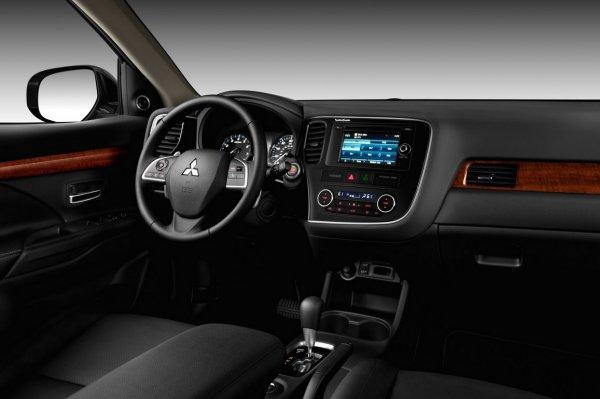 В России каждая вторая машина Mitsubishi в апреле продавалась в кредит