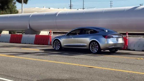 Седан Tesla Model 3 Performance появился в конфигураторе