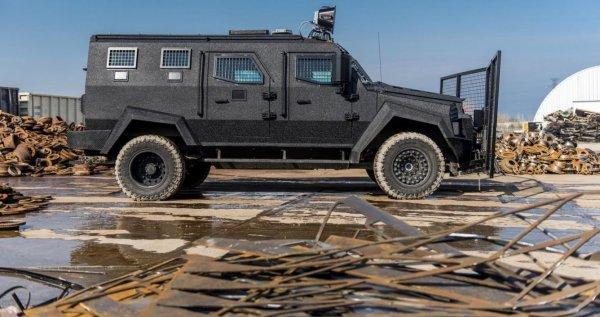 Канадцы создали самый необычный внедорожник Inkas Sentry MPV для полиции