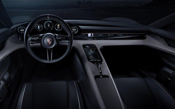 Первый серийный электрокар Porsche получил название Taycan