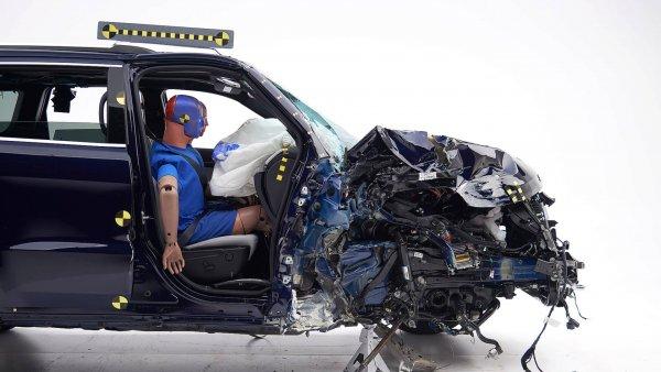 Ford Explorer и Jeep Grand Cherokee провалили краш-тесты