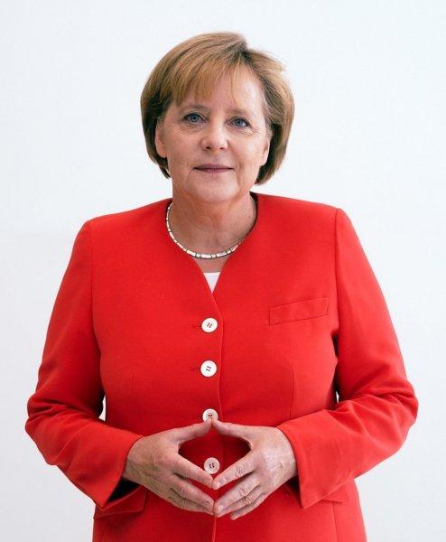 Почти половина жителей Германии не поддерживает политику Меркель