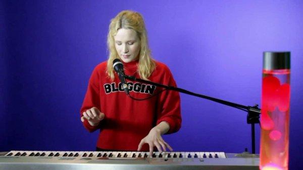 Монеточка даст сольный концерт в Vegas City Hall