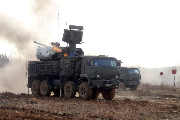 Учения ЗРПК «Панцирь» в Крыму попали на видео