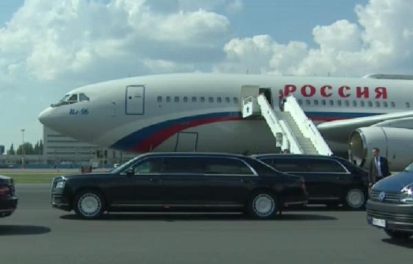 Путин поехал на встречу с Трампом на лимузине «Кортеж»