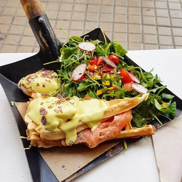 По примеру Ставрополя: Блины с лопаты стали популярными в ресторанах Азии