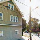 Google Maps снял странную фигуру инопланетянина за окном обычного дома