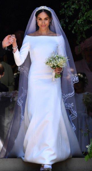 На зависть Кейт Миддлтон: Свадебное платье Меган Маркл станет украшением королевской выставки