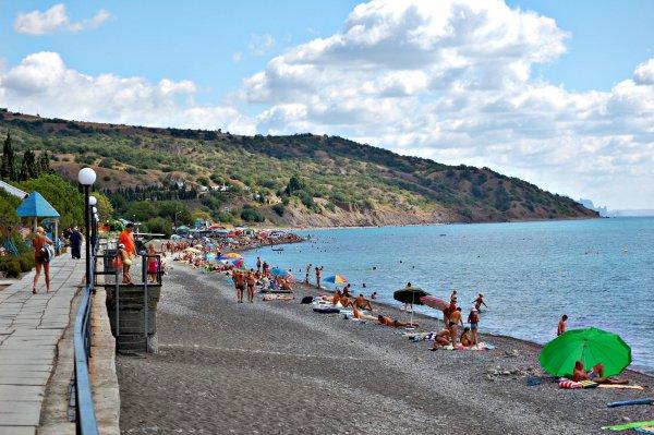 На Украине раскрыли ложь киевской власти об отсутствии туристов в Крыму