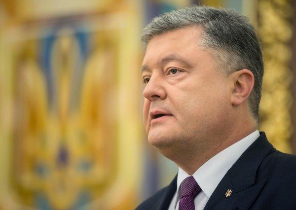 Порошенко выразил соболезнования жителям Керчи и пообещал расследование