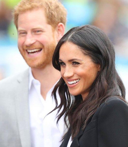 СМИ: Принц Гарри и Меган Маркл лишат своего первенца королевского титула