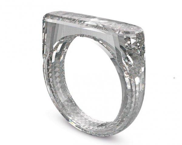 Главный дизайнер Apple создал кольцо из алмаза стоимостью $250 тысяч
