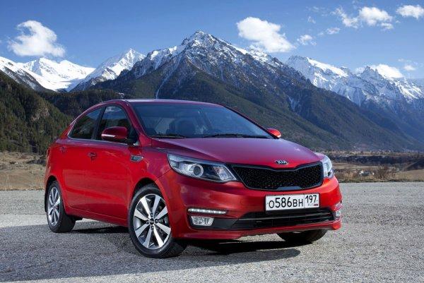 Сравнили несравнимое: Эксперты рассказали о выборе между KIA Rio и Hyundai Solaris