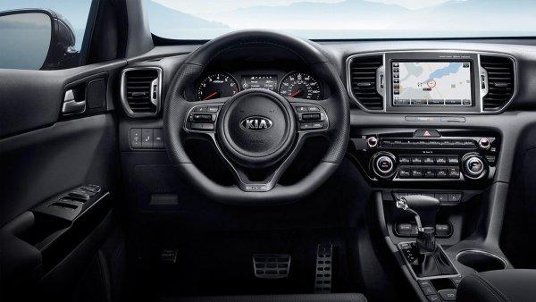 «Самый глупый обзор»: В сети высмеяли рассказ автоледи о минусах KIA Sportage