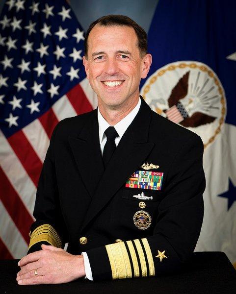 Глава ВМС США заявил о необходимости атаковать Россию первыми