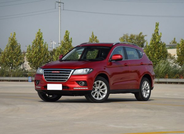 Не словом, а тест-драйвом: Эксперты сравнили Hyundai Creta с его «убийцей» Haval H2