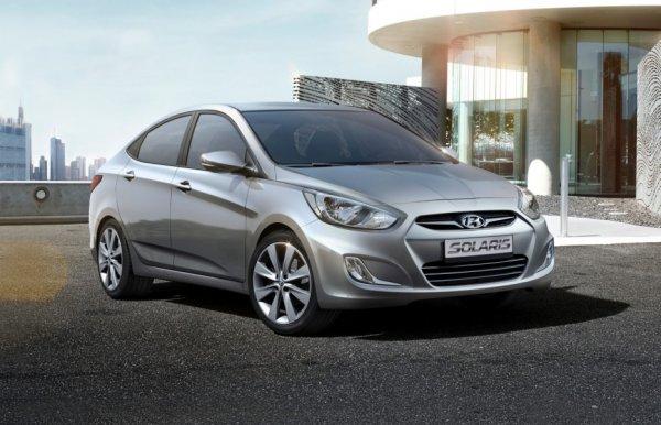 «Руль лысый, сиденья просижены»: Блогер рассказал, как ему «подложили свинью» при покупке Hyundai Solaris