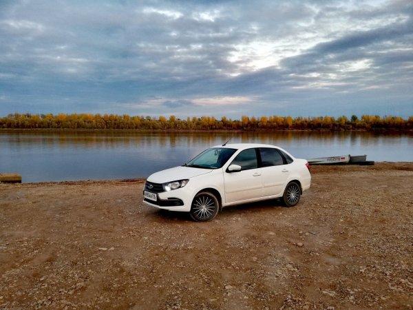 «Мощности мотора хватает за глаза»: Своими впечатлениями о LADA Granta FL поделился автовладелец.