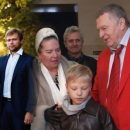 …но все-таки они вместе: Жириновский и Зюганов тащат в политику внуков и детей не думая о «пользе делу»