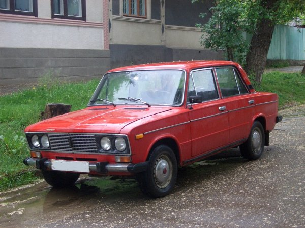 ВАЗ-2106 «из-под деда»: Перекупщик рассказал, как собирается продать «ведро» под видом «первого парня на деревне»