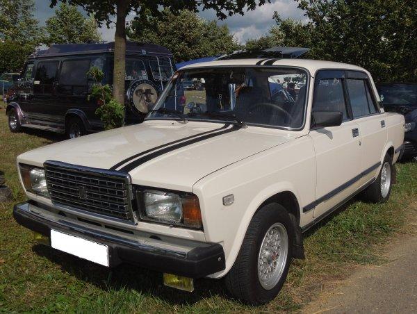 «Колхоз или нет?»: Впечатлениями от установки жалюзи на ВАЗ-2107 поделился блогер