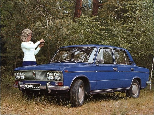 «Тачка супер»: Восторгами от тест-драйва ВАЗ-2103 1975 года поделился блогер