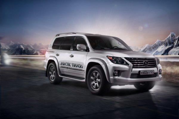 «Повелитель снежных дорог»: В сети показали доработанный Toyota Land Cruiser 200 для условий Севера