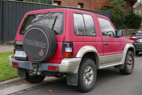 Автоблогер о Mitsubishi Pajero II: Лучший трехдверный внедорожник