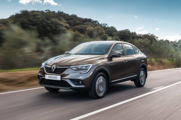 «Уделает Дастер с автоматом»: Блогеры провели тест-драйв Renault Arkana с турбомотором и вариатором