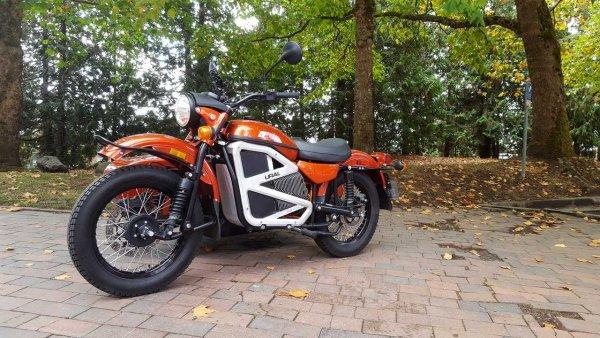 «За такие деньги – лучше квадрик купить»: В сети возмутились ценнику на обновленный мотоцикл «Урал»