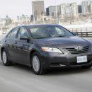 Почему Toyota Camry V40 лучшая в модельном ряду – блогер: «Брать только сороковку, остальные – из фанеры»