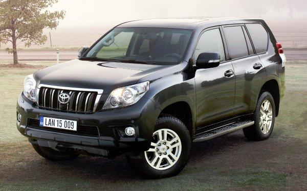 Точка в спорах о лучшем «японце». В сети сравнили Toyota LC Prado 150 и Mitsubishi Pajero IV