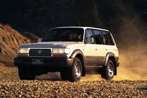 «Он был легендой»: Автомеханик рассказал, реально ли найти «живой» Toyota Land Cruiser 80