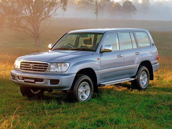 Блогера возмутило состояние 12-летнего Toyota Land Cruiser 100: «1,3 миллиона за мертвую сотку?»