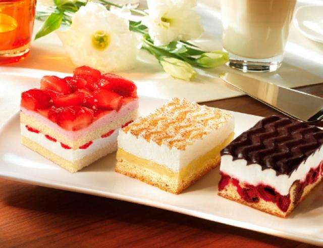 пирожные от кондитерской «РОСА»