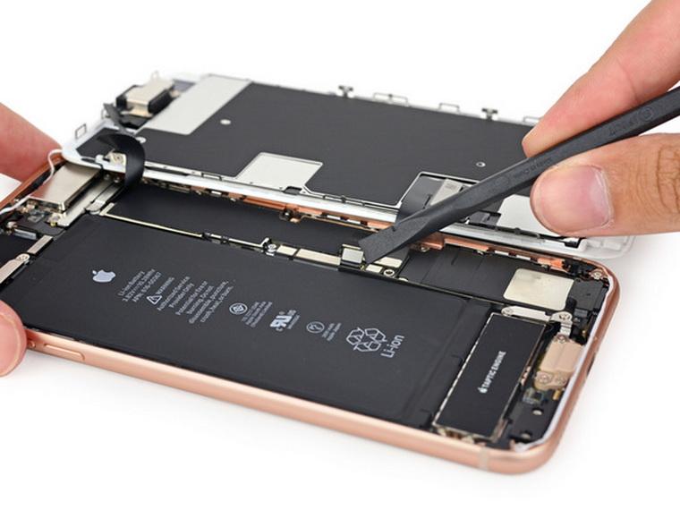 ремонт iPhone8